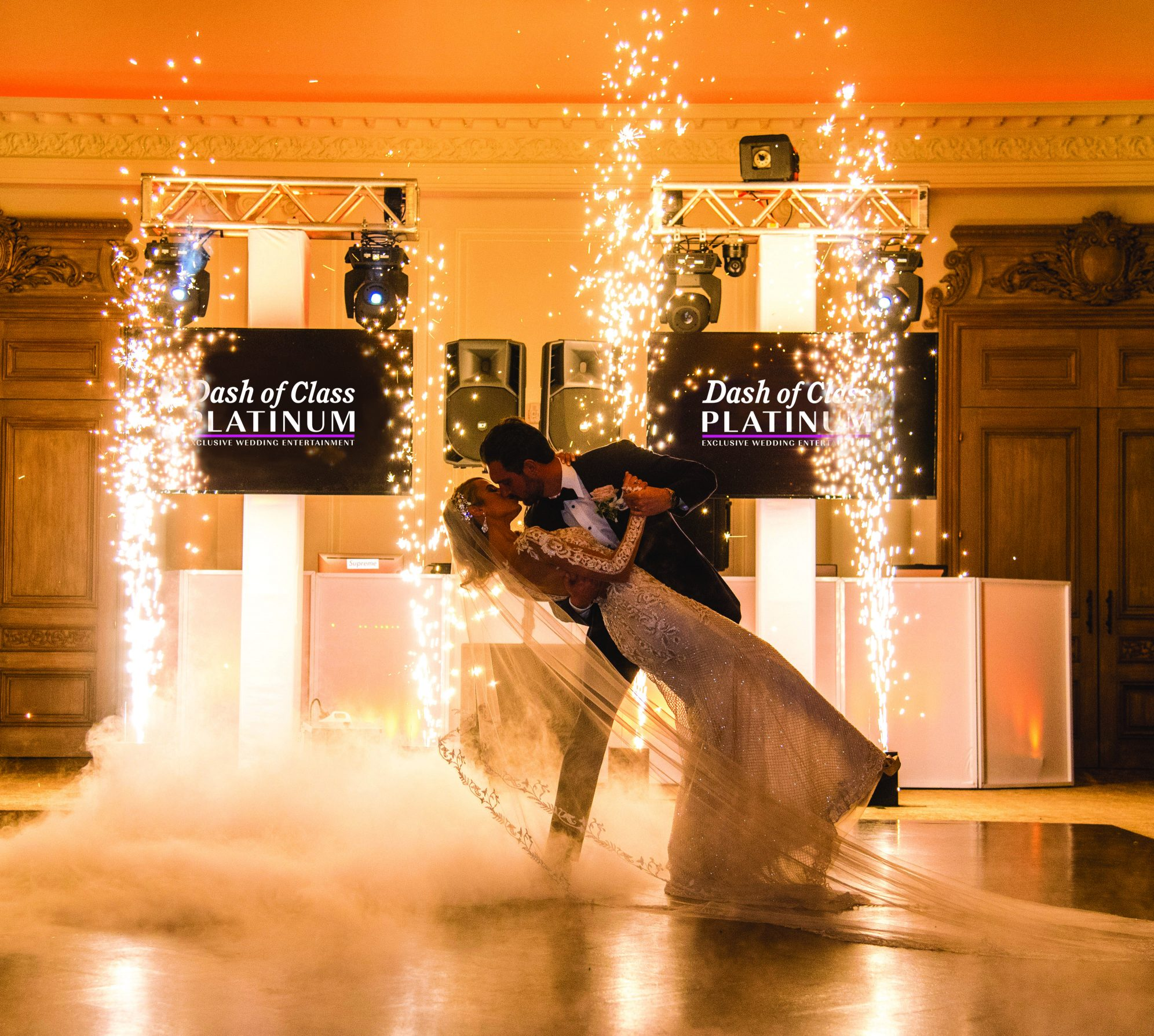 34 Must Have Songs At Your Wedding Reception: The Must Have Event Enhancements For Your Wedding